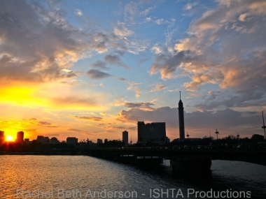 Sunset over Qasr el Nil bridge