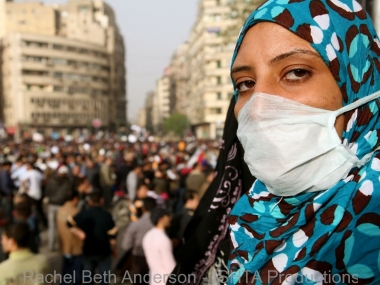 First moments in occupied Tahrir with tear gas still fresh in the air