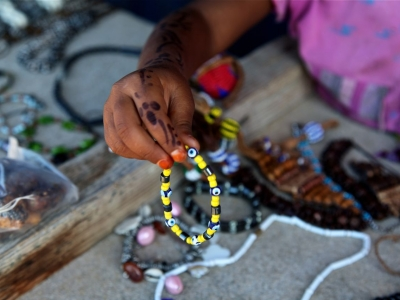 Selling bracelets seaside in Marsa Alam
